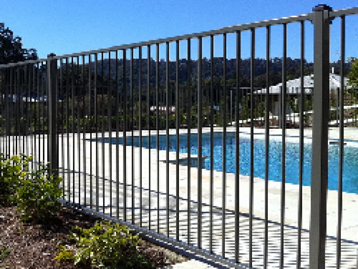 Pool fencing in toowong qld glass aluminium